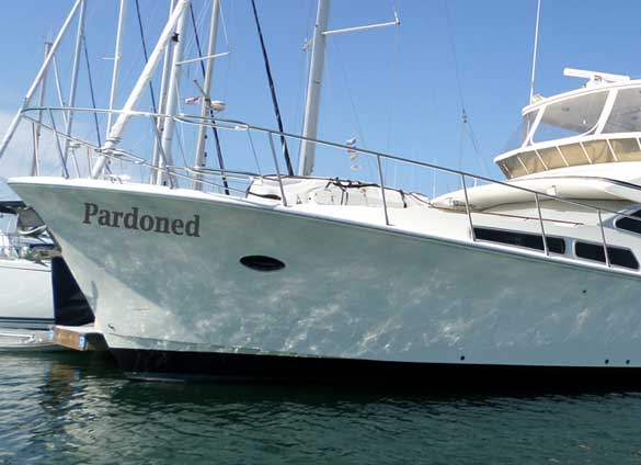 Yacht Names For Whitecollar Criminals All Things Boat - Clever pontoon boat names